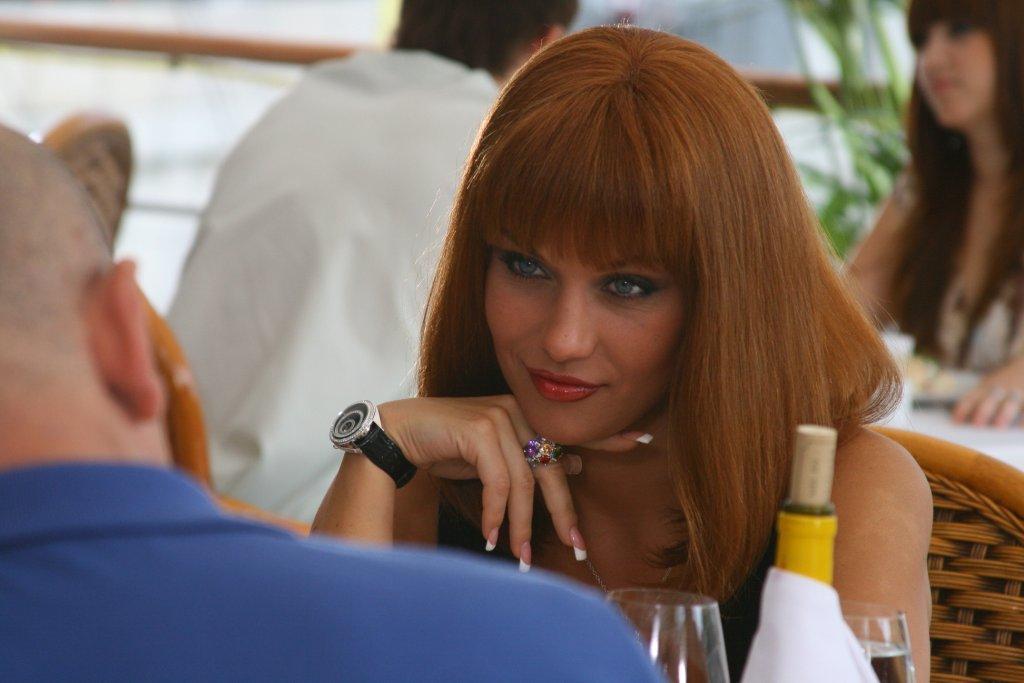 Сексуальные формы красотки Мария Берсенева. Бесплатные фотки и видео